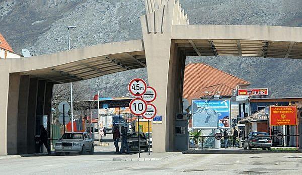 Переход границы Черногория - Албания